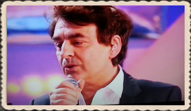 """Claude Barzotti chante le rital """"les chansons d'abord"""" FR3 le 23 mars 2014"""