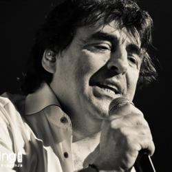 Claude Barzotti at The Legend 6